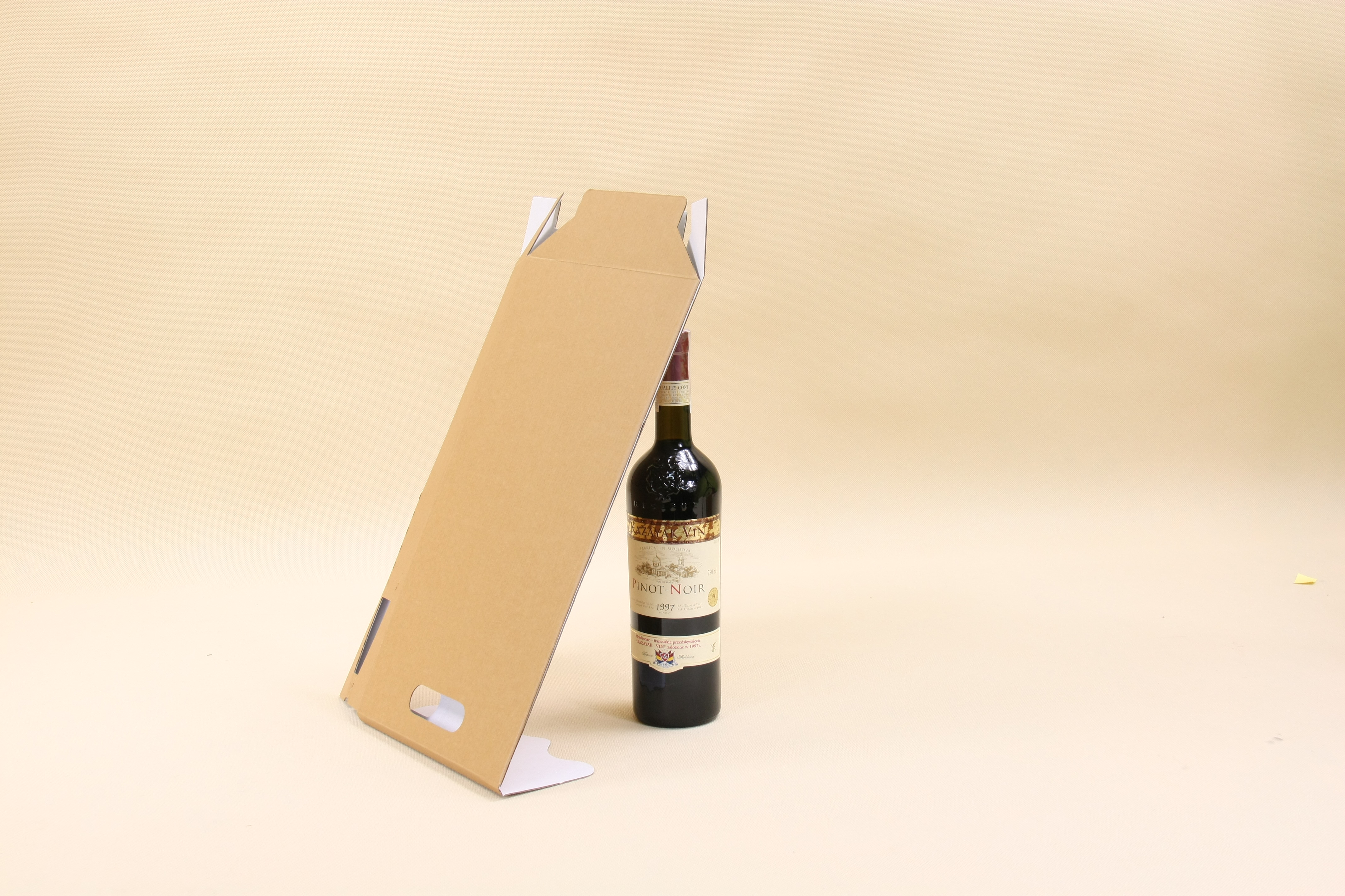 kartoniki na wino
