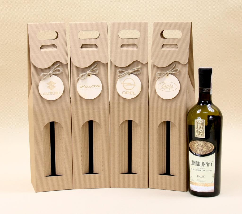 pudełko na wino z logiem